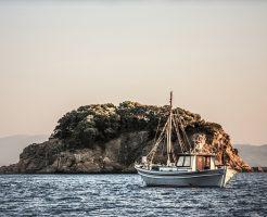 boat-1030794_640